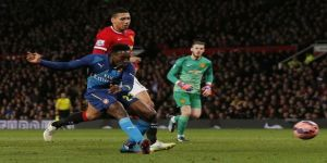 Manchester United 1-2 Arsenal: Danny Welbeck dumps Red Devils out of the FA Cup with winner