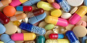 خطورة المضادات الحيوية والمسكنات