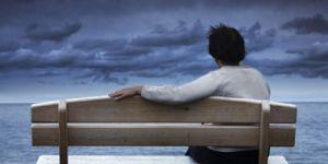 الشعور بالوحدة أخطر من البدانة