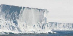 سرعة ذوبان الجليد في القارة القطبية الجنوبية